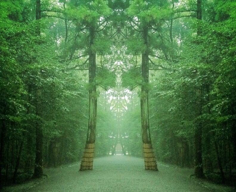 伊勢神宮のなぜ、内宮と外宮は、こんなに距離が離れているの?