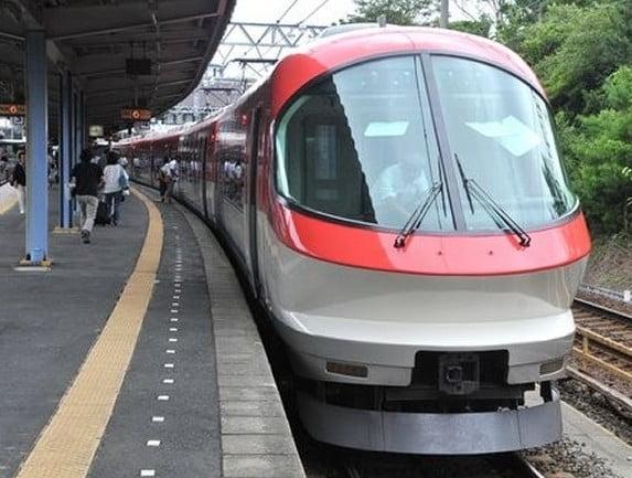 名古屋から伊勢神宮(伊勢市駅)まで、「近鉄電車」を利用してのアクセス・行き方
