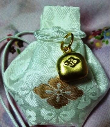 伊勢神宮の御守りの「鈴」の意味・由来と「2つのの鈴が持つ意味」
