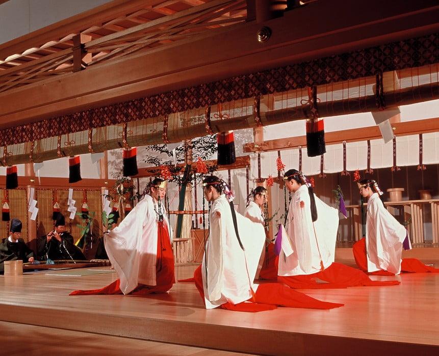 伊勢神宮のお祭は、年間で1500回もある?!