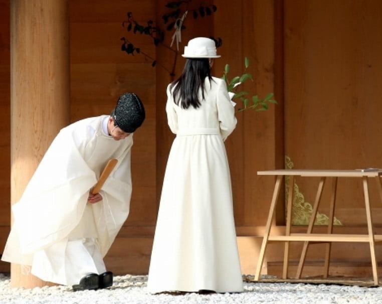 質問!どうして歴代天皇家は伊勢神宮に参詣しないのか?