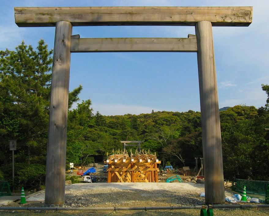 伊勢神宮(-JINGU-)◆ 宇治橋の鳥居・一の鳥居・二の鳥居(NAIKU-TORI)