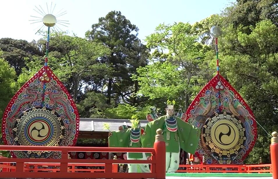 伊勢神宮・内宮「神苑」の「春の神楽祭」 (2)