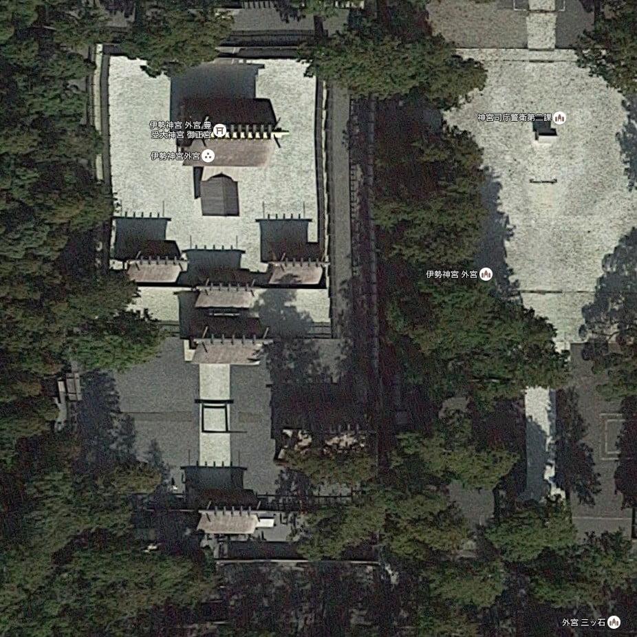 ↑外宮の正宮を上から見た航空写真(遷宮時)